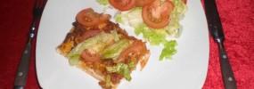 Pizza med kødsovs