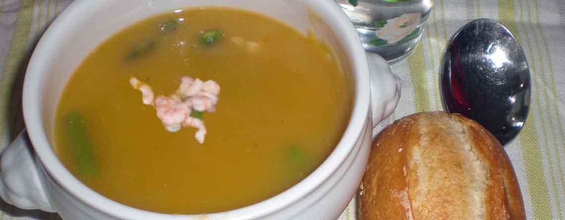 Grøntsagssuppe med rejer