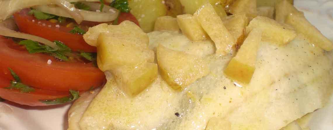 Grillet rødspætte-klapper med æblekompot og kokossauce