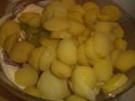 Tilsæt kartofler.