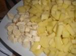 Skær kartofler og pastinak i tern.