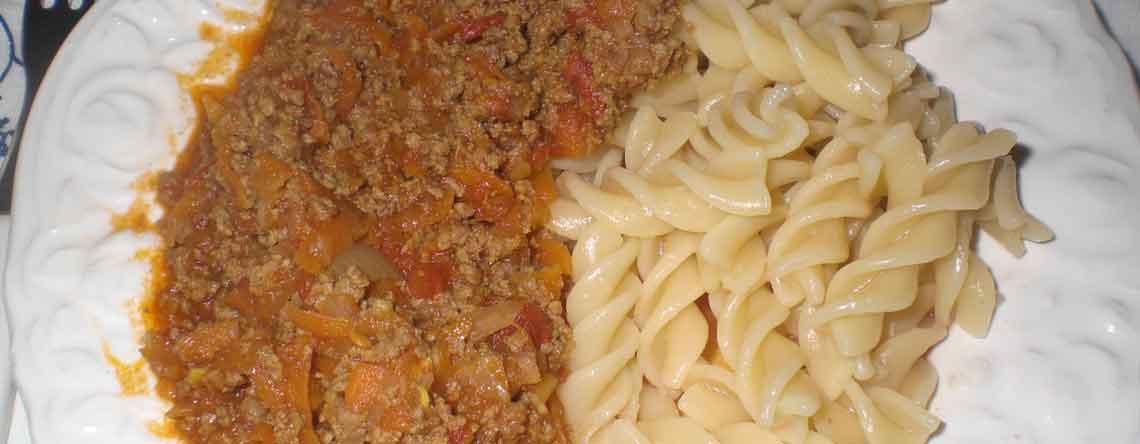 Pasta med hverdagskødsovs