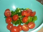 Bland med tomat og peber.