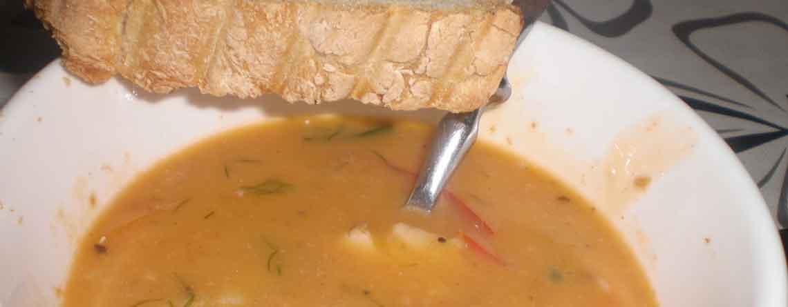 Hummersuppe med fennikel og fisk