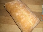 Servér med det lune brød.