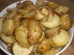 Sæt kartoflerne i ovnen.