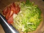 Snit salat og tomater.