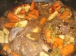 Bland grøntsager og kød.