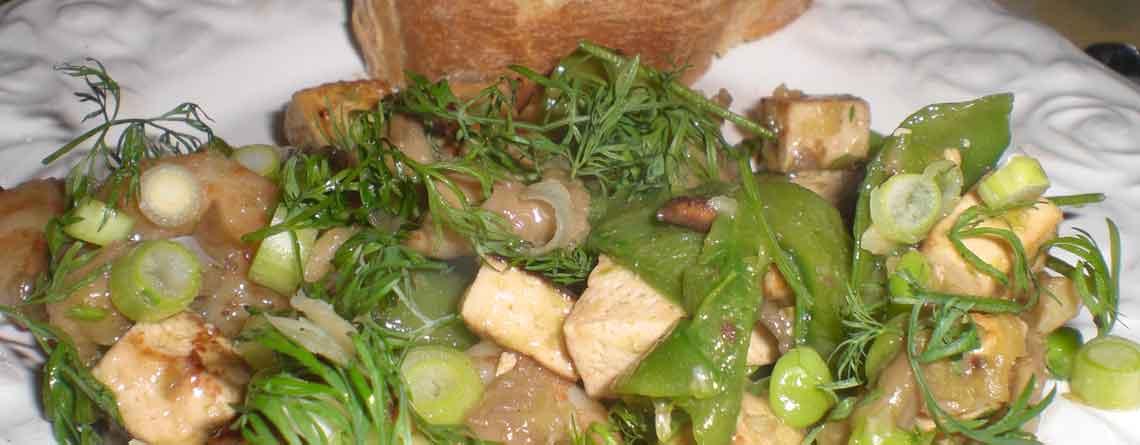 Marineret tofu med tigerrejer og østershatte
