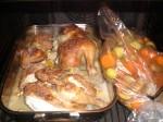 Læg grøntsagerne i en stegepose, og læg dem i ovnen.