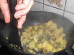 Steg kartoflerne.