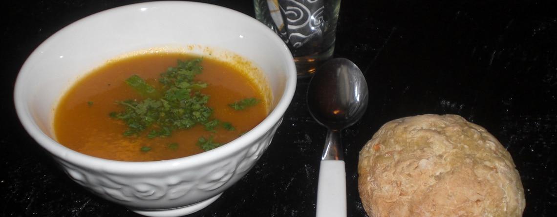 Gulerodssuppe med porrer og squash