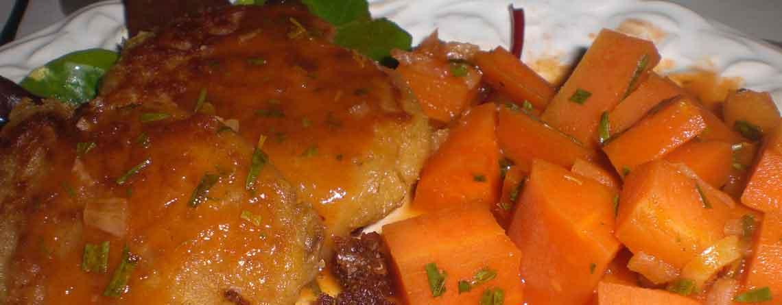 Linsebøffer med gulerødder i grøntsagsjuice