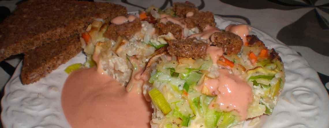 Æggekage med ris og oksespegepølse