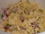 Bland peberrod, citronsaft og persille.