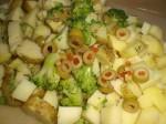 Bland kartofler, broccoli og oliven.