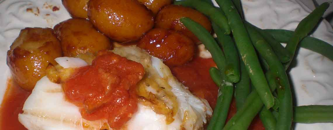 Filet royal med chorizotomatsauce og brunede kartofler