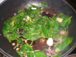 Tilsæt spinat.