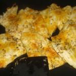 Steg til fisken er gennemstegt, og osten gylden.