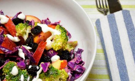 Broccolisalat med mormordressing